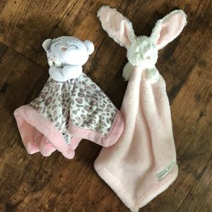 3/$15🔺bundle of stuffed animal blankies